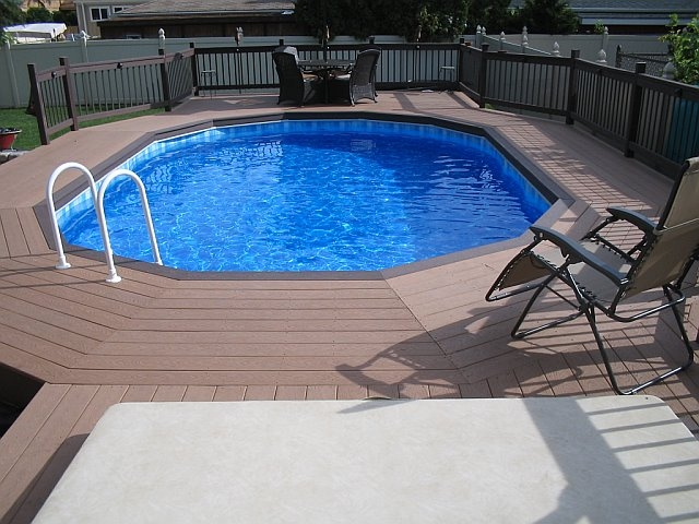 Plain Above Ground Composite Pool Deck Deckorators Cxt Railing